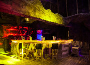 Caves Beach Resort. Lava Disco