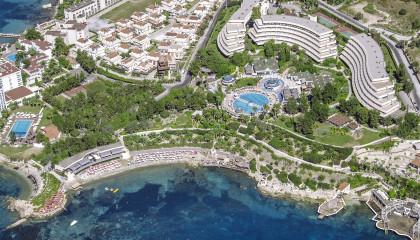 Grand Blue Sky Hotel