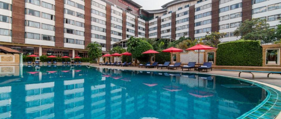 Mountain Beach Hotel. Swimming pool