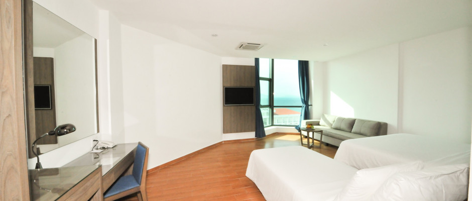 Deluxe Triple Room Sea View - No Balcon. Room