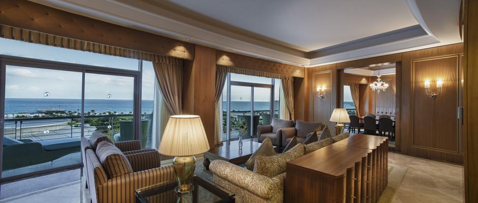 Royal King Suite