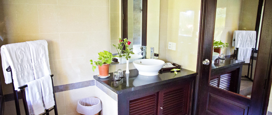 Deluxe Garden View. Bathroom