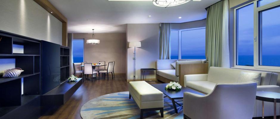 Excellent Suite