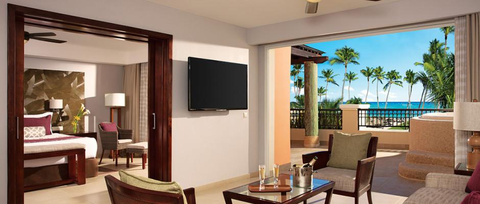 Preferred Club Master Suite Ocean Front