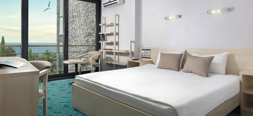Люкс 2 комнатный с двуспальн. и 2 односп. кроватями (GREEN PARK)