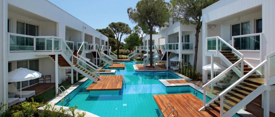 Luxury Pool Suite Second Floor